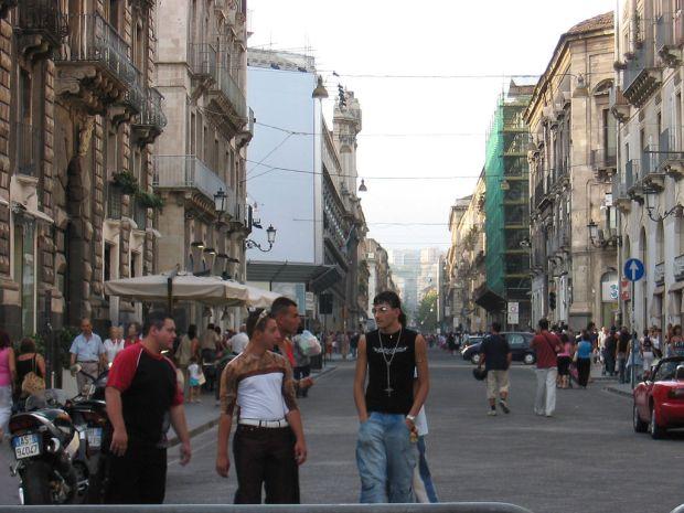 Catania-via_etnea